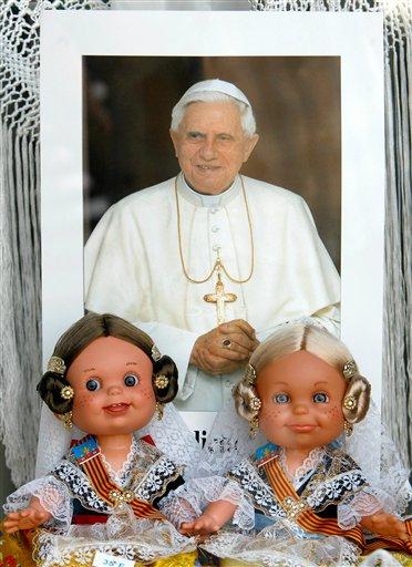 ratzinger_dolls