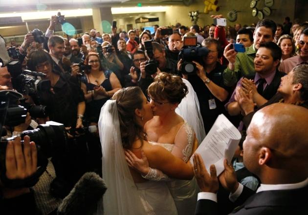 408-iglesia-rechaza-otorgar-mismos-derechos-a-parejas-no-casadas-en-italia
