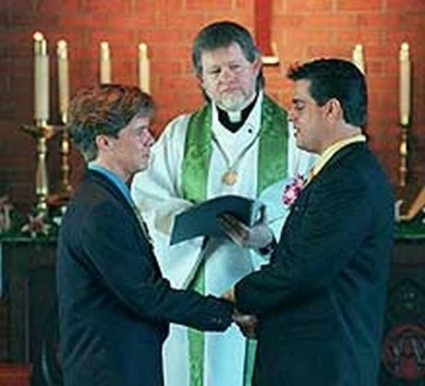 6513_boda_gay_religiosa