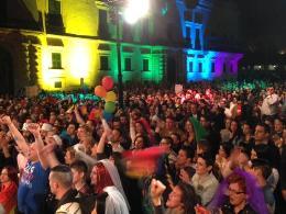 Parlamento-de-Malta-arco-iris