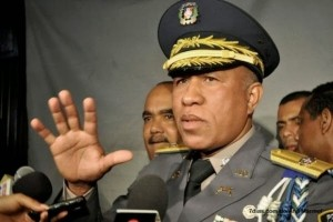 574-el-jefe-de-la-policia-nacional-dominicana-dice-que-la-ley-prohibe-gays-y-lesbianas-en-el-cuerpo