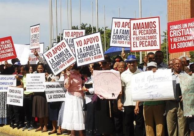 185-evangelicos-dominicanos-reconocer-los-derechos-lgbt-supone-una-violacion-al-derecho-de-la-poblacion-heterosexual