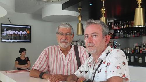 pareja_gay_playa_Almería