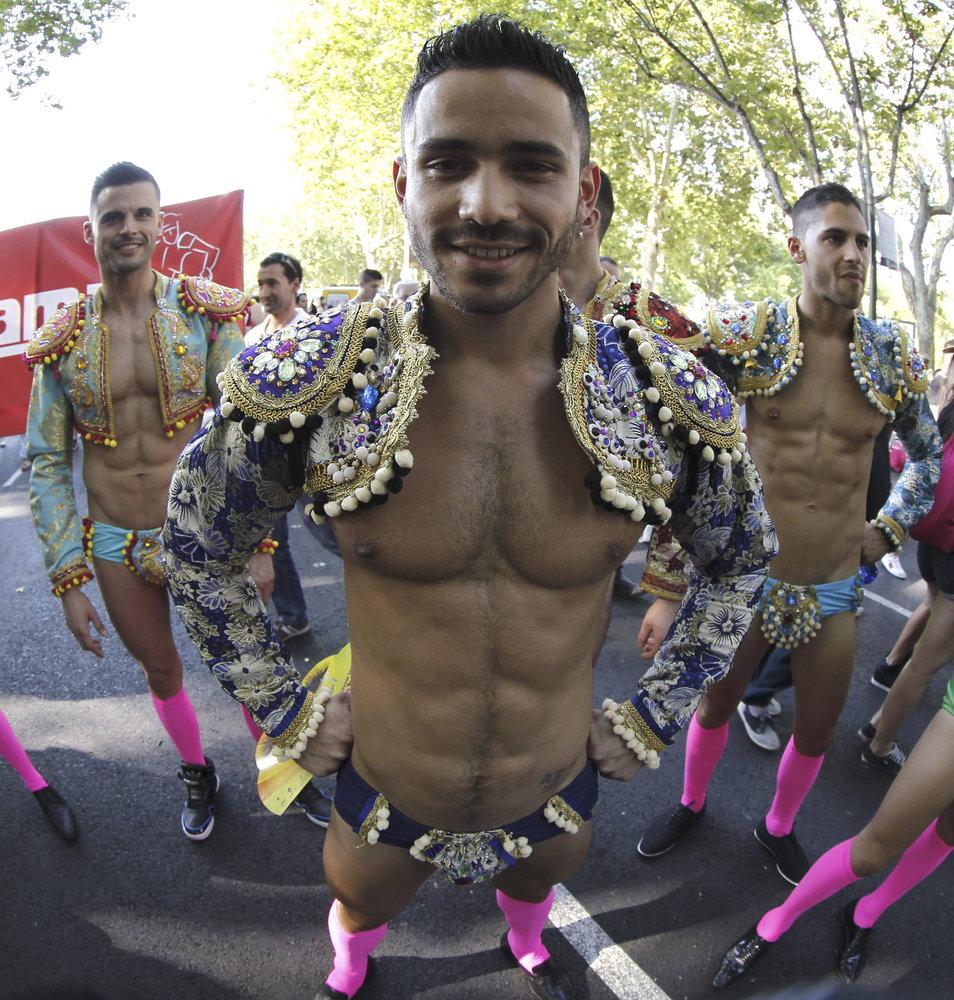 real adulterio disfraz en Madrid
