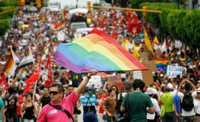 Demonstrators-march-for-gay-rights-in-San-Jose-Costa-Rica-on-June-16-2012