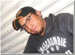 luis-ayllon-primer-candidato-gay-colombia-300x219