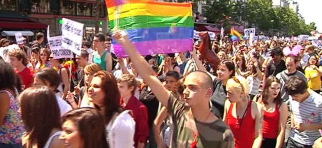 depart-gay-pride-25-juin-2011-10484151vomto_1713