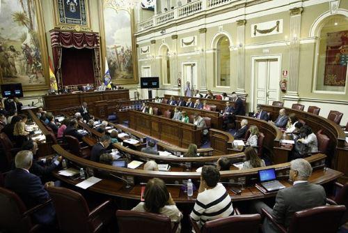 parlamento-de-Canarias