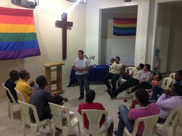 IGLESIA-HOMOSEXUALES-NDNCLK