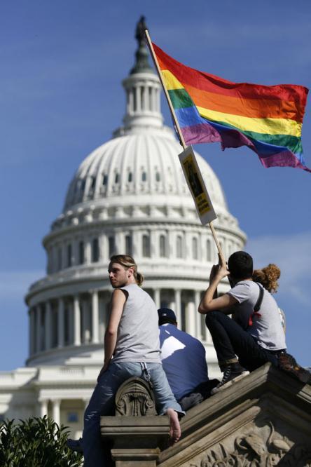 Manifestacion_gay_proximidades_Capitolio_2009