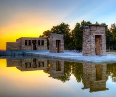Temple_Debod_Madrid_Gay_Attack
