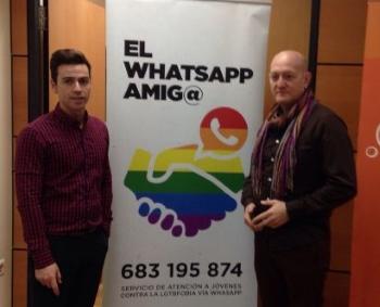 trío gay chica busca chico whatsapp