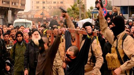 hombres-crucificados-delito-ciudad-Mosul_CLAIMA20150121_0067_17