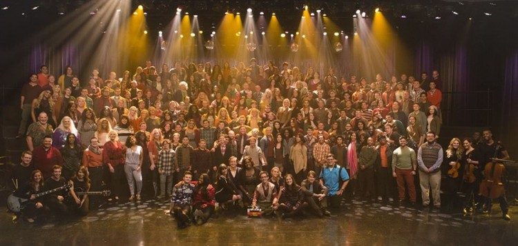 Glee photo by staff photog(1)