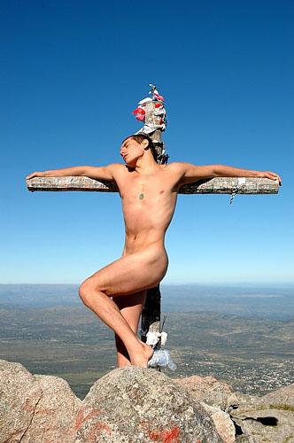 Crucifixión 2