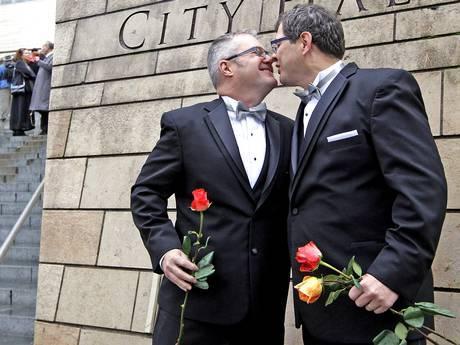 reino-unido-tendra-matrimonio-gay-L-8E2jJy