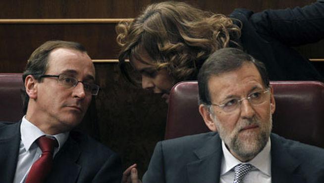 Alfonso-Alonso-Mariano-Soraya-Santamaria_MDSIMA20130426_0083_7