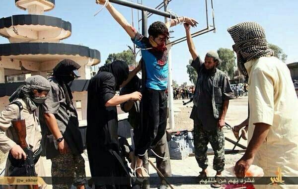 cristianos-crucificados-por-el-estado-islamico