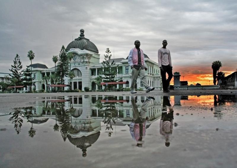 Random Mozambique (5)