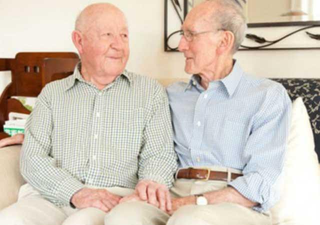 pareja-gay-80-años-australia