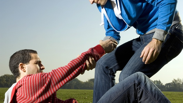 ayuda-help-fair-play-empatia-foul-solidaridad