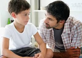 Padres cristianos e hijo gay