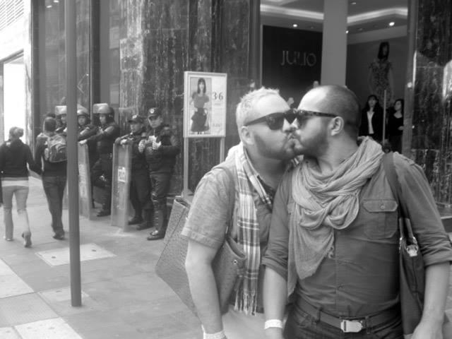 pareja-gay-golpeada-2