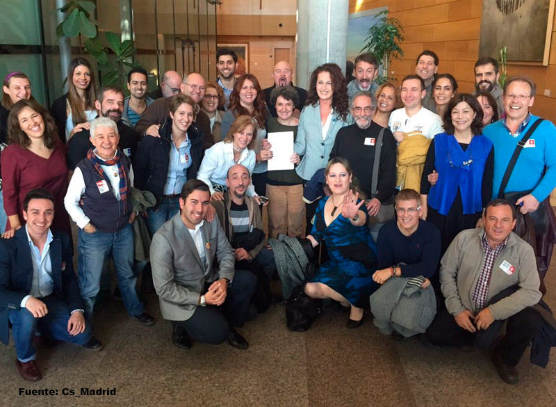 32644_colectivos-y-partidos-politicos-ley-transexualidad-madrid