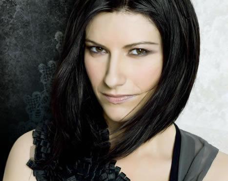 Laura-Pausini-laura-pausini-2653282-467-370