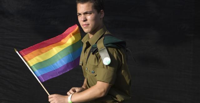 militar-gay-640x330