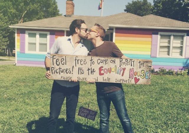 homofobos_exito_empresa_gay