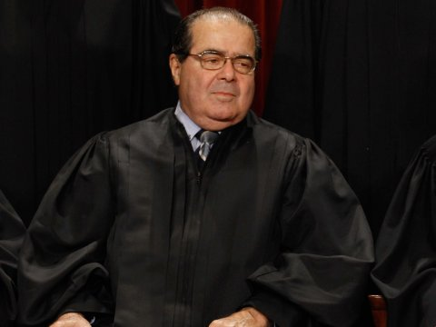 supreme-court-justices-john-roberts-antonin-scalia