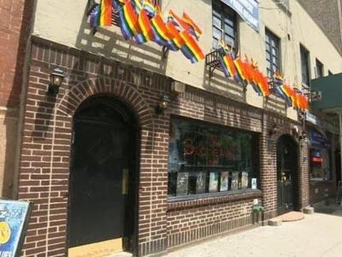 Bar gay en corcho