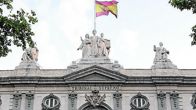 Madrid, 1 de mayo de 2011. El la Sala 61 Tribunal Supremo está reunida para decidir sobre Bildu. Foto: © IGNACIO GIL. .....archdc.....
