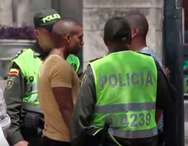 policia-homofobia-colombia