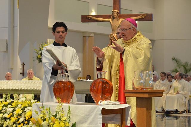 el-obispo-lynch-en-un-acto-liturgico