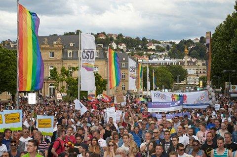 Stuttgart-CSD-Hocketse_resize