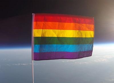 34582_planting-peace-bandera-arcoiris-espacio-portada