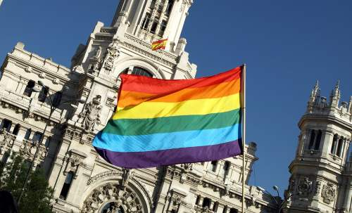 bandera_gay_madrid