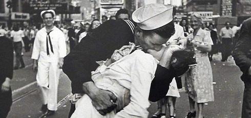 beso-segunda-guerra-mundial