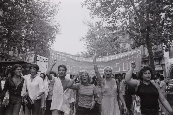 manifestacion-gay-barcelona-1977