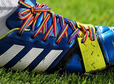 30162_botas-futbol-cordones-arcoiris