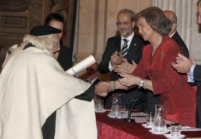 ernesto-cardenal-con-los-reyes