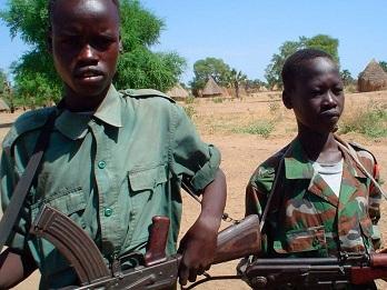 soldados-menores-sudan-del-sur-homofobia-696x522