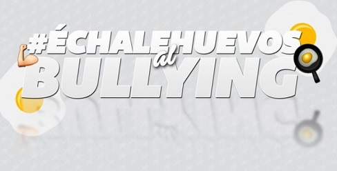 echale-huevos-bullying-696x353