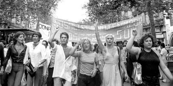 primera_manifestacion_orgullo_barcelona