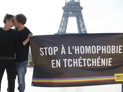 refugiados-chechenia-francia-gay-696x522