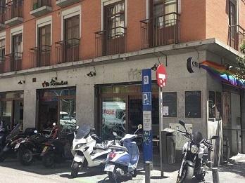 vandalismo-bar-noma-homofobia-bandera-policia-696x522