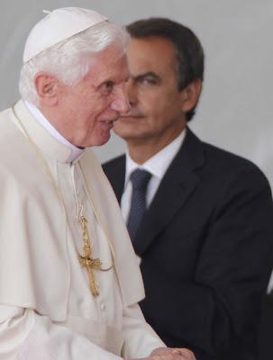 1-1-el-papa-bendicto-xvi-en-espana-con-el-consentimiento-y-recibimiento-del-presidente-rodriguez-zapatero