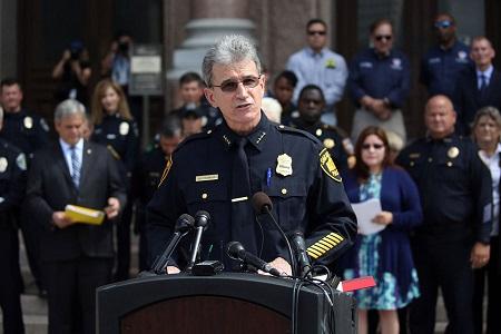 policia-texas-ley-lavabos